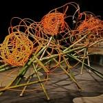 Grande composition d'accueil réalisée par les  Etats Unis dans le hall du World Trade center: bambous et rotin. Gail Emmons, Scott Job