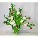 Branches et fleurs bien droites facilitent la construction du bouquet.