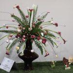Des arums aux couleurs des friandises piquées sur des tiges pour Charlie et la chocolaterie.