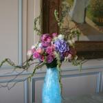 Couleurs plus douces pour les compositions exposées dans la salle de réception du château .
