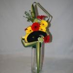 Un simple masque permet de décliner le bouquet et de suggérer la fête. Février 2010.